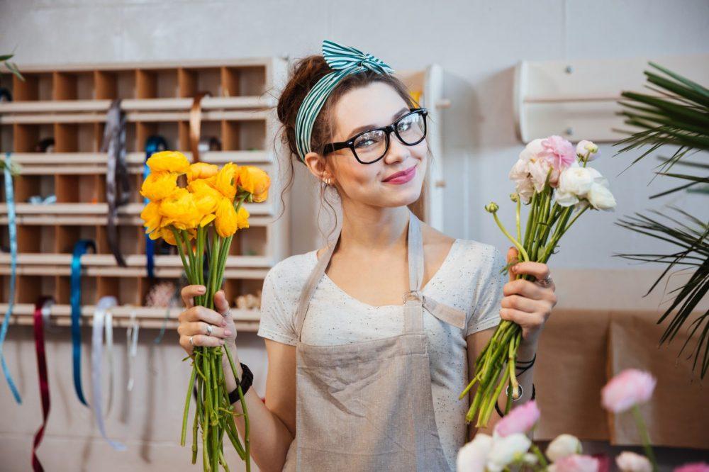 dame bloem bloemen ranonkel geel wit roze mooi